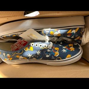 Donald Duck COLLECTORS Vans